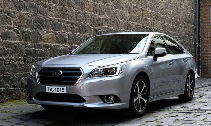 MY15-Subaru-Legacy-Sedan-02[1]