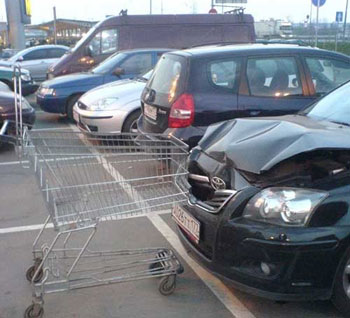 shopping-cart-crash