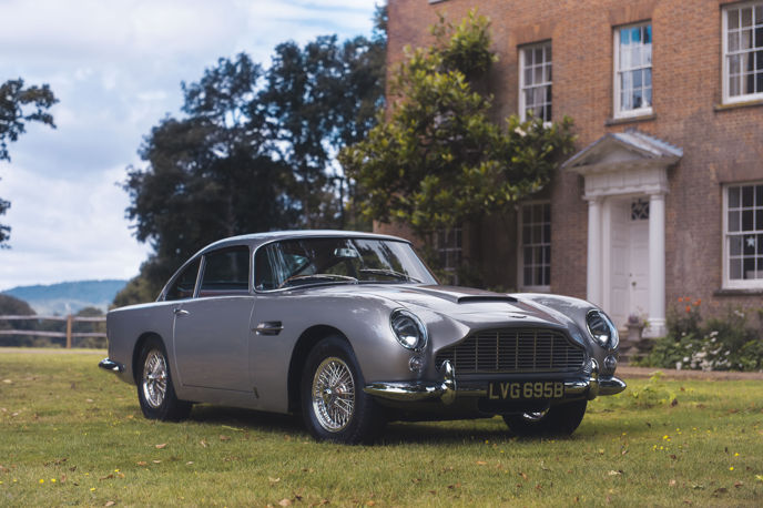 1964 Aston Martin DB5 sold by Coys for 825,000 on Vero with Apple Pay_1